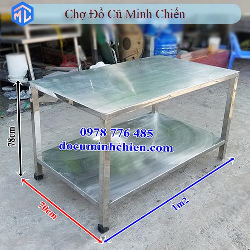 bàn chặt inox 1m2