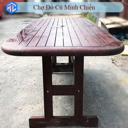 bàn ghế resort